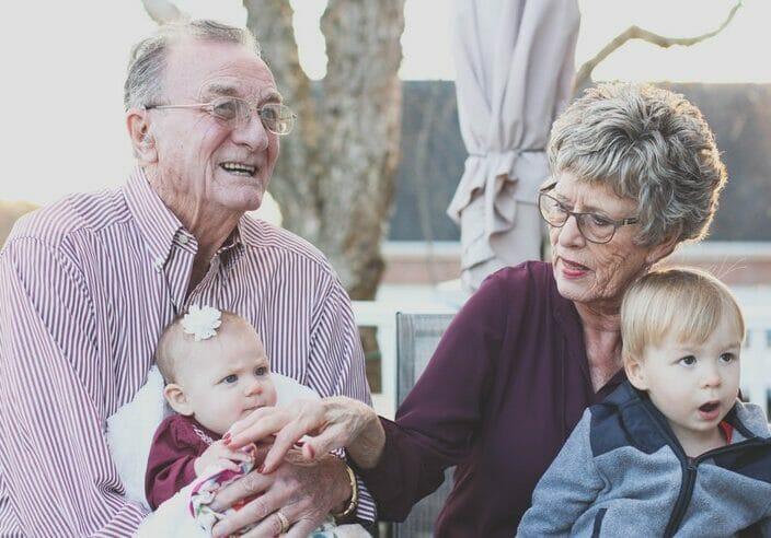 El derecho de los abuelos a ver a sus nietos